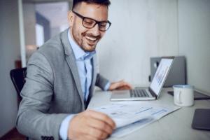 businessman-doing-paperwork